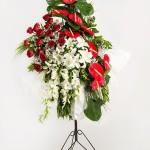 Büyük Kutlama Ferforje Çiçek Aranjmanı